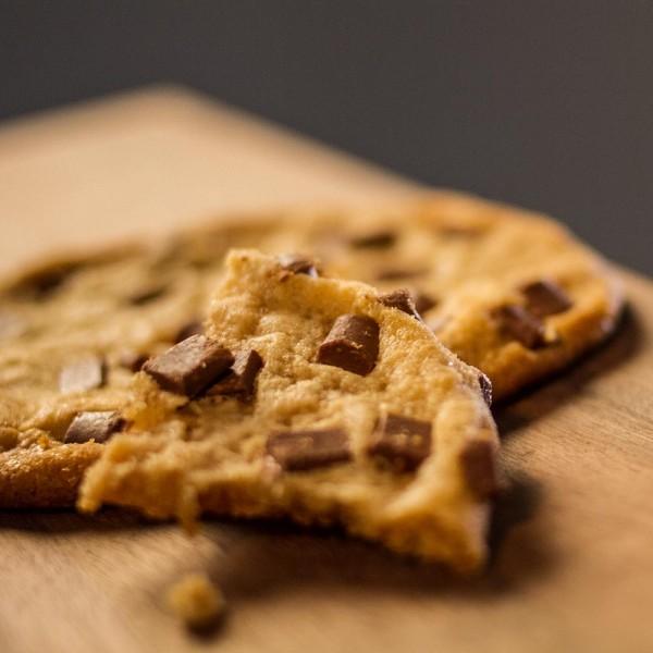 Karamell Cookie mit Schokostückchen, 80 g